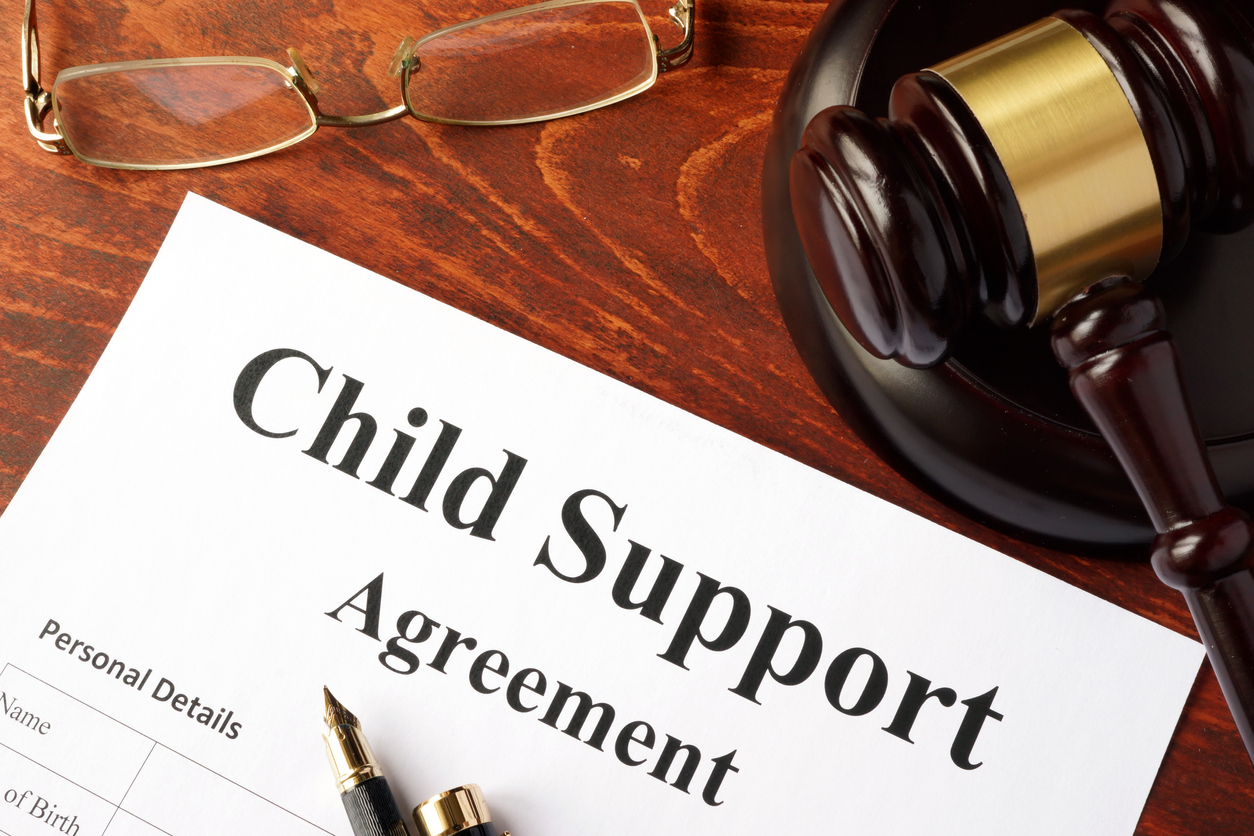 Child support agreement on a judge's desk